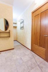 Продам 1 комн. квартиру на ул.Бабушкина,  41! ВСЕГО : 2500 т.р.! ТОРГ!