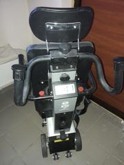 Колясочный электрический лестничный подъемник производство Италия